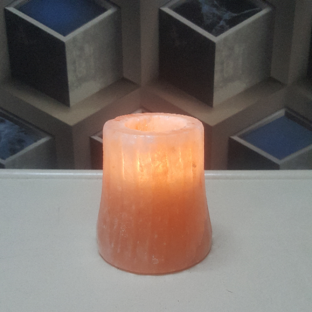 himalayan line candle holder with light