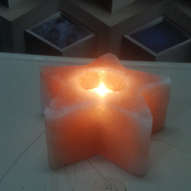 himalayan star candle holder with light
