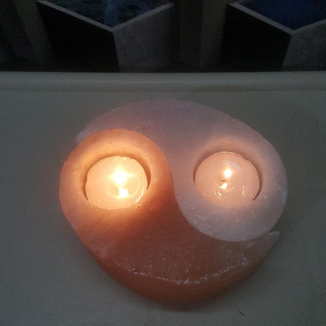 himalayan yin yang  candle holder (pink+white) with light